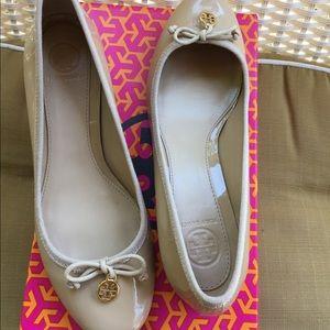 Tory Burch Chelsea Patent Shoe